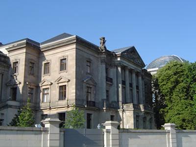 Ehemaliges Reichstagspräsidentenpalais  Umbau für die Deutsche Parlamentarische Gesellschaft
